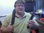Gabe, Knives.. and a Half Life 3 Logo